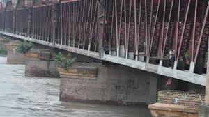 Yamuna water level still above danger mark in Delhi