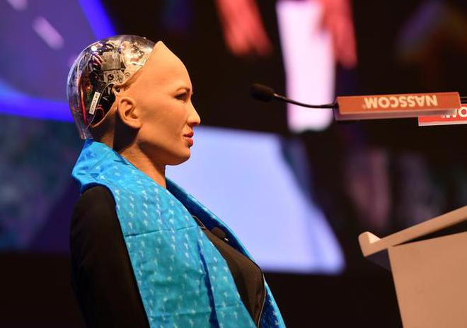 Humanoid Sophia Steals The Show At World It Congress The Hindu