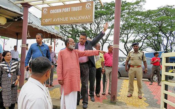 Alphons rues 'slow pace'of Central projects in State