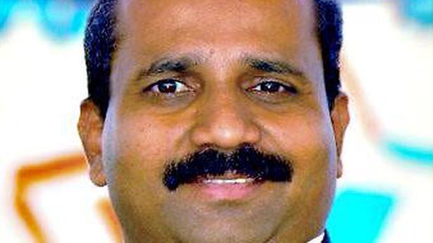 Shiroor vidente debe atrás de mí: Raghupati Bhat - El Hindú 1