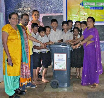 Indian Oil Corporation Limited, distributes wheeler dustbins