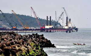 Breakwater work to resume this month