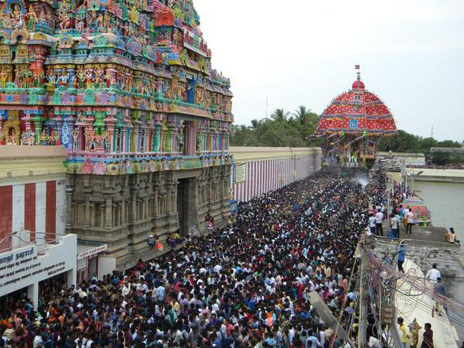 Thousands Of Devotees Drawing The Aazhi Ther Sri Tyagarajaswamy Temple In Tiruvarur