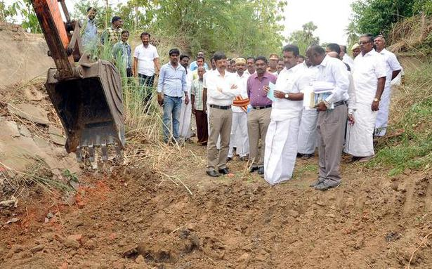 Desilting work gathers pace