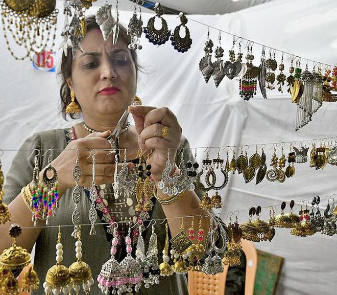 Mla Urges People To Patronise Handicrafts The Hindu