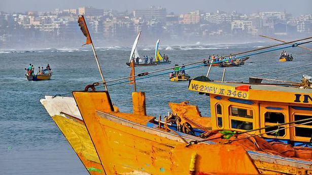 Fishermen to call off strike