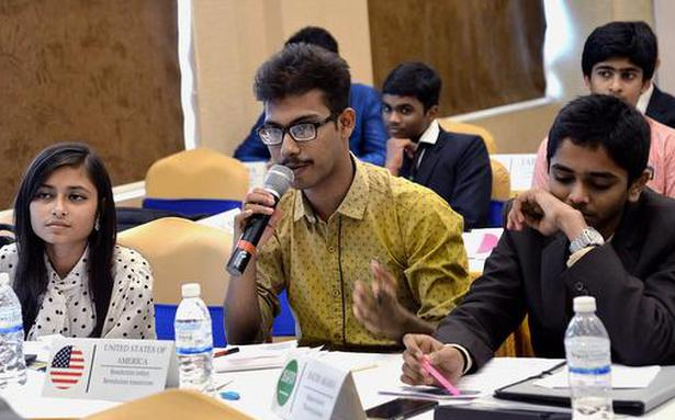 Young leaders discuss global issues