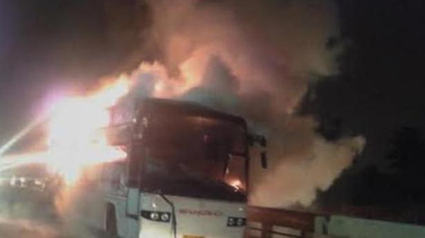 Alert KSRTC driver saves passengers from blaze