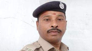 RPF constable saves passenger at Chennai's Egmore station