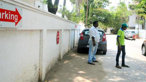 Booze ban: SC to hear plea against denotifying C'garh roads