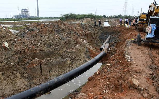 Fishermen raise concern over IOCL's pipeline in Ennore creek