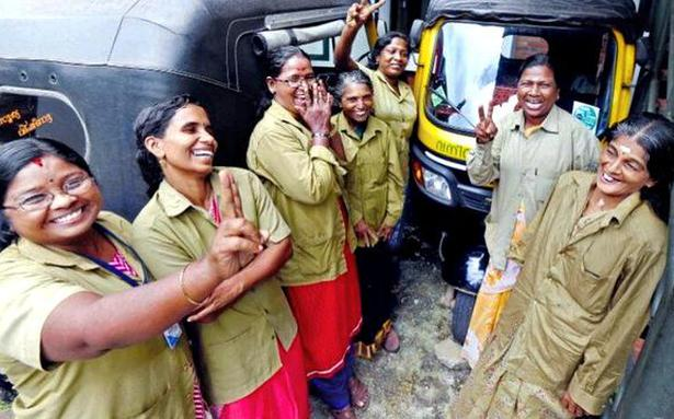 kozhikode women Majority of the women depend on men to operate heavy vehicles and only a very few women handle them on their own kozhikode: women venturing into driving heavy vehicles are rare, but.