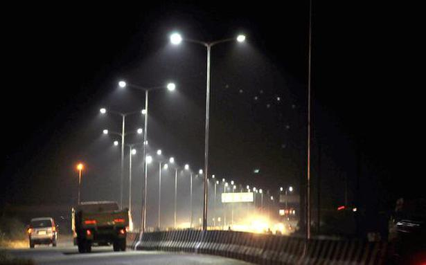 Corporation plans to replace streetlights with LED bulbs