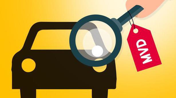 Crackdown On Vehicles With Fake Logos Kozhikode Nyoooz