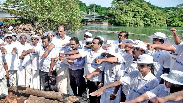 Water conservation awareness tour begins