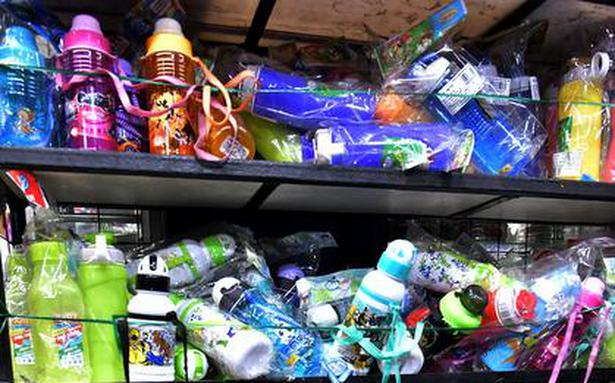 Campaign in schools against use of plastic water bottles