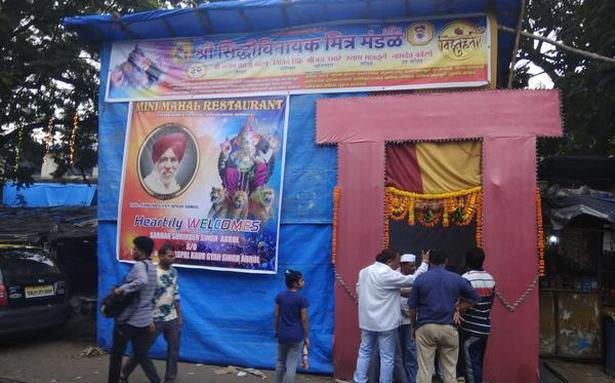 Teen held for stealing donation box from pandal