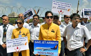 Jet Airways employees protest government inaction