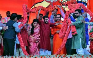 Uddhav tears into BJP, MNS, says he will stick by saffron