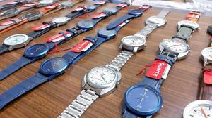 Bogus wristwatch racket busted, mastermind held