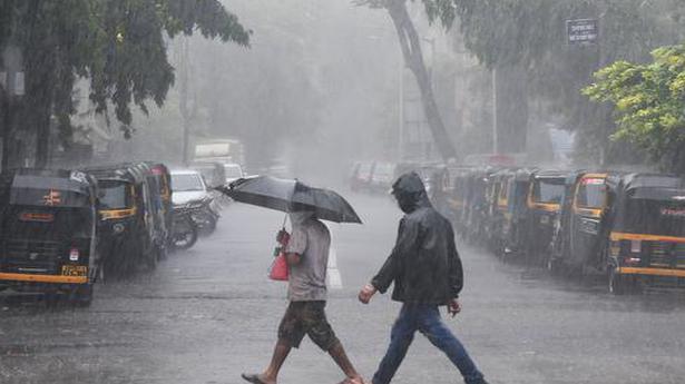 Mumbai, adjoining areas get pre-monsoon showers