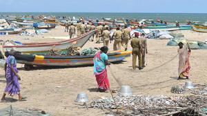 Fishermen clash in Puducherry: case filed against 1,100
