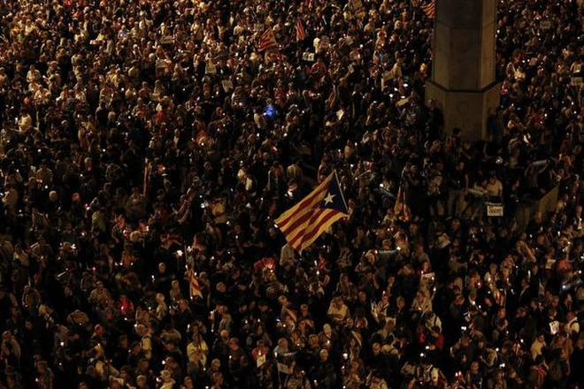 Image result for 200,000 rally in Barcelona against separatist leaders' detention,