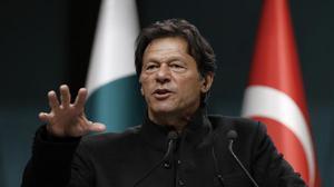 Imran Khan discusses Kashmir issue with Angela Merkel