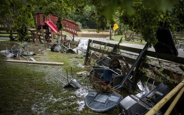 At least 8 killed in Tennessee flood; dozens missing