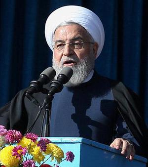 Iran avrattar 14 personer i park