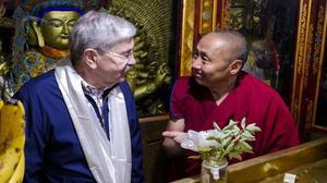 U.S. envoy calls on China to hold dialogue with Dalai Lama