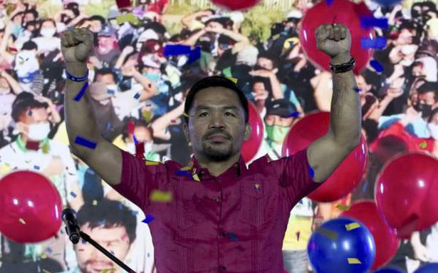Boxer Pacquiao to run for Philippines President