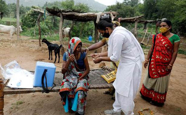 CII, Serum Institute of India join hands for vaccination drive in smaller towns, rural areas