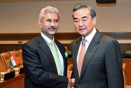 EAM Jaishankar discusses border issue with Chinese Foreign Minister Wang Yi  - The Hindu