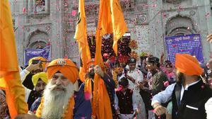 Pakistan issues over 3,800 visas to Indian pilgrims to visit Nankana Sahib near Lahore