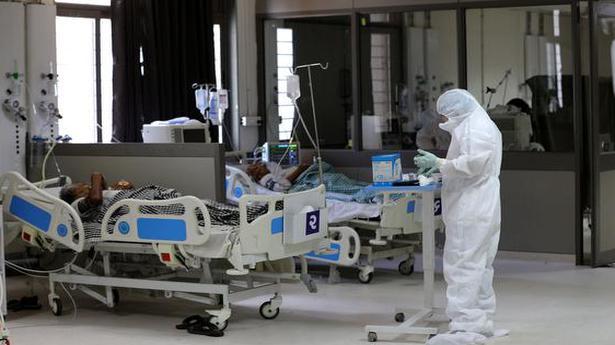 Coronavirus | Doctors asked not to leave Kolkata during Durga Puja - The Hindu