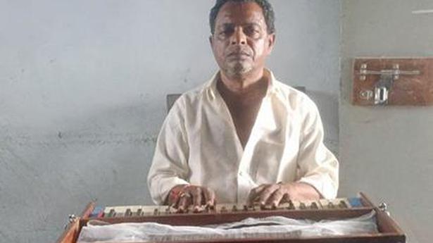 COVID-19 pandemic draws the curtains on 'Padya Natakam'