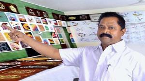 Andhra Pradesh art teacher paints his way to fame