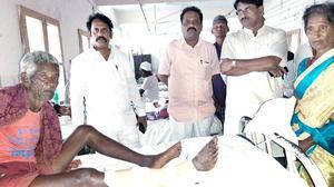 BJP, YSRCP cadres clash at Bantupalli