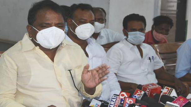 State's economy collapsing: Sailajanath