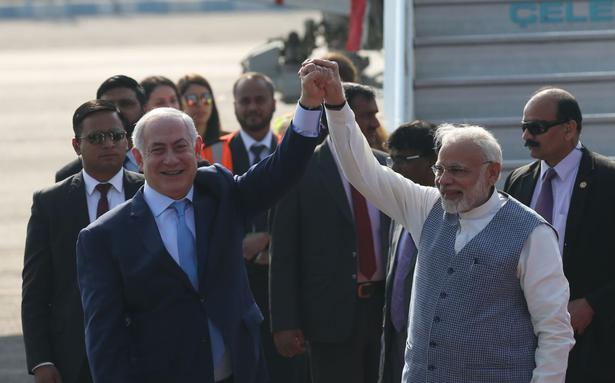 Modi sets aside protocol to receive Netanyahu at airport