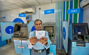 Government attempts damage control as ATMs run dry
