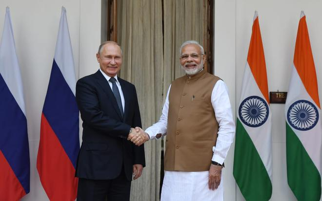 India signs deal with Russia