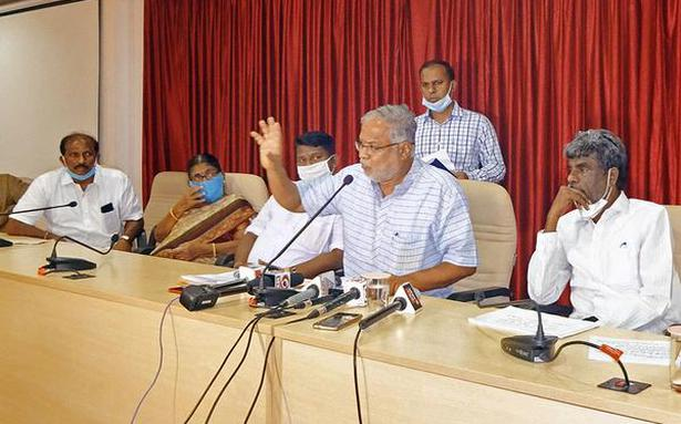 Karnataka mulling over reduction in syllabus for schools