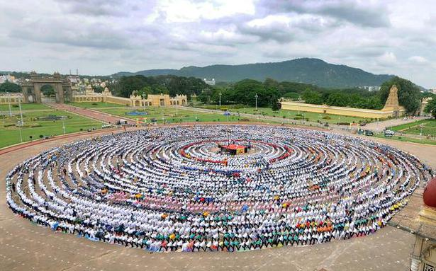 Mysuru attempts Guinness record on International Yoga Day