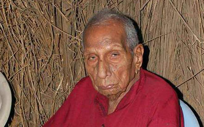 Image result for Freedom fighter Vidyadhar Guruji dies aged 105, The 105-year-old former freedom fighter and Gandhian,