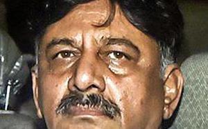 Not enough evidence against me, Shivakumar tells Delhi HC