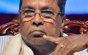 Flood victims have pitched tents in fields: Siddaramaiah