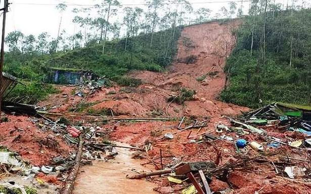 https://www.thehindu.com/news/national/kerala/woy5ww/article32293968.ece/ALTERNATES/LANDSCAPE_615/landslip