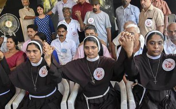 Nun who took part in protest against Bishop Franco Mulakkal asked to defend her actions